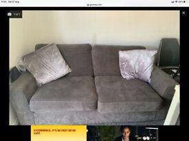 Suite for sale £250