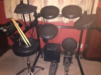 Gear4Music DD502(J) Digital Drum kit, including amp, stool, sticks and headphones.