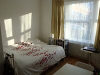 !!! FURNISHED DOUBLE ROOM AVAILABLE IN WEST HAM/STRATFORD AREA CLOSE TO STATION ZONE 2 !!!