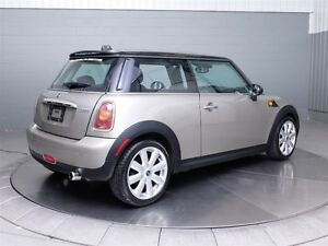 2008 MINI Cooper Classic A/C MAGS TOIT PANORAMIQUE CUIR West Island Greater Montréal image 6