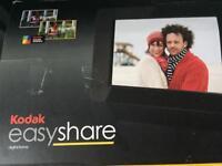 Kodak Easy Share Digital Photo Frame - Uses SD card.
