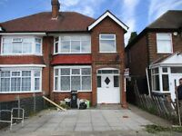 *** Newly Refurbished *** Excellent Condition 3 BED SEMI DETACHED HOUSE TO LET
