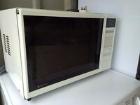 Matsui 700W Microwave for sale, York