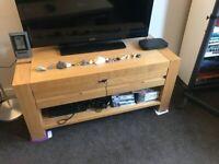 Free TV stand/coffee table - Wood - Pick up Dennistoun, Glasgow