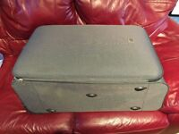 ☀️holiday☀️large grey Tripp suitcase/luggage Dundee/deliver ☀️holiday☀️