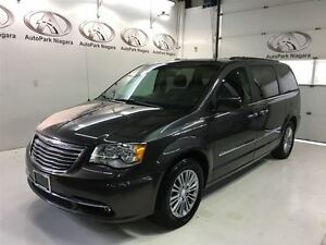 2016 Chrysler Town & Country Touring / LEATHER / SUNROOF / NAVI