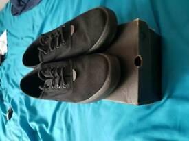 Voi shoes