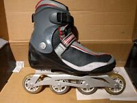 Roller Blades size 8 (EUR 42), Aluminum frame, including protection pads