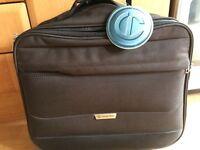 Carlton wheeled laptop case