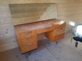 60s solid wood dressing table 1.27m (L) x 0.47m (D) x 1.2m (H)