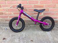 Isla Bikes Rothan Balance Bike (Purple)