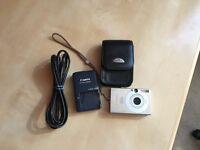Canon IXUS 70 compact digital camera