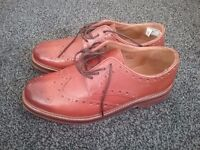 MENS LEATHER GIBSON BROGUE, TAN, SIZE EIGHT