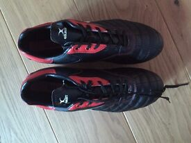 Gilbert Rugby Boots BRAND NEW Size UK 6 (EU 39)