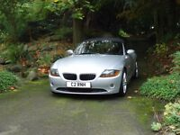 BMW Z4 SE 2.2 SE, leather, electric roof, electric seats. Philips iphone, ipod docking. Incl reg nom