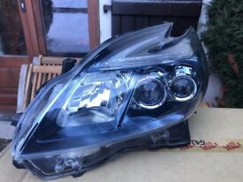 Toyota Prius PlugIn 2012 Xenon/LED Headlight Assembly