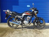 2015 lexmoto arrow 125cc motorbike , full service history only 14 months old