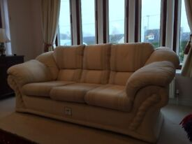 3-seater sofa in excellent condition (with fire safety label still attached)
