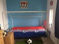 Goalpost Single bed (full size) exc cond. with mattress, ikea rug and 2 canvas pictures