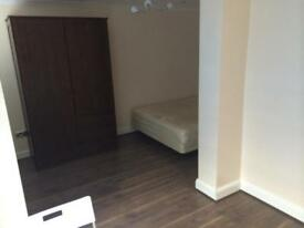 Large spacious room All bills inclusive