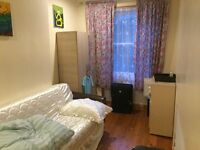 BIG DOUBLE ROOM HACKNY -CLAPTON E5 ALL BIL INKLUDED1MIN IN BUS STEISHEN