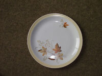'Autumn Glory' pattern plates by Alfred Meakin