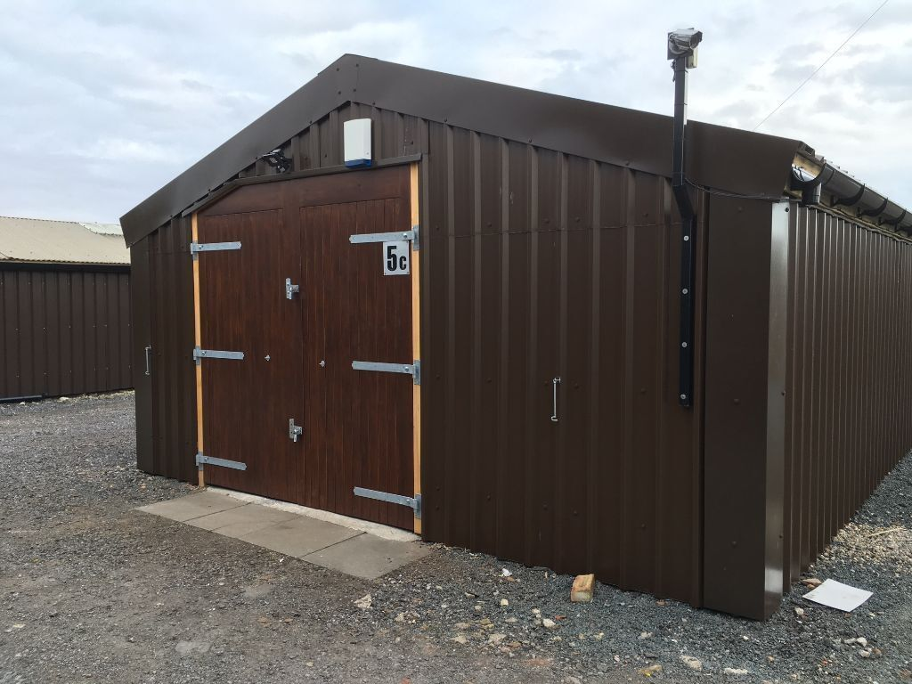 Small warehouse workshop garage store storage space industrial unit to rent let in york - Small storage spaces for rent model ...