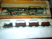 N GUAGE TRAINS AND ACCESSORIES