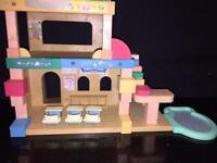Sylvanian families- School/ nursery and bouncy castle