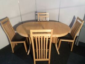 Solid Oak Hardwood Extending Dining Table and 4 Chairs