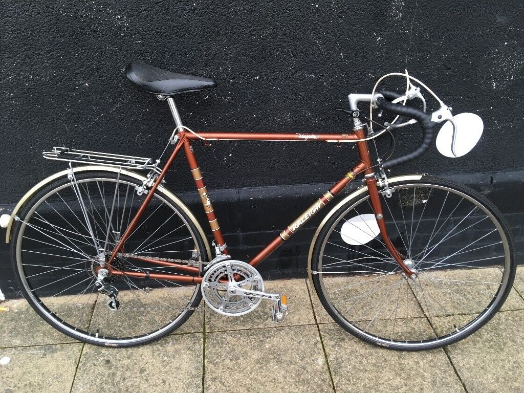 Raleigh Magnum classic road bike, size: 22""