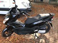 Honda pcx 66 £2200 BARGAIN