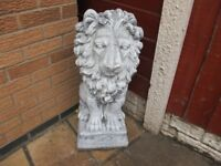 STUNNING PAIR OF DECORATIVE PROUD SEATED STONE LIONS