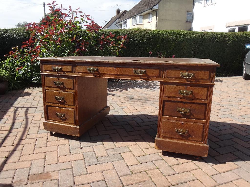 Antique oak desk in Whitchurch Cardiff Gumtree : 86 from www.gumtree.com size 1024 x 768 jpeg 163kB
