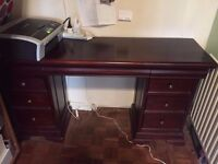 Desk with 9 drawers