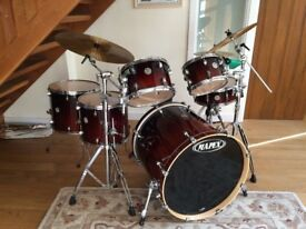 Mapex Meridian Birch Walnut Fade Drum Kit incl Cymbals and Hardware