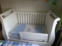 BOORI WHITE SLEIGH COT BED USED BUT IN GREAT CONDITION