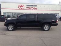 2013 Toyota Tacoma 4x4 Dbl Cab V6 5A ONE OWNER / LOW KM's