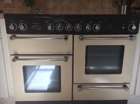 Range master Kitchener 110 ceramic cooker. Cream
