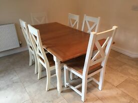Cargo white/wood dining table, complete with 6 chairs