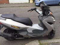 CHEAP SCOOTERS FROM £599 MALAGUTTI 125-KYMCO NEXXION 125 £650 -PIAGGIO X8 ETC £650 AND MORE