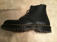 Brand New Dr Martens Safety Boots FS64 UK Size 9