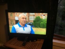 "40"" TV DVD and freeview built in."