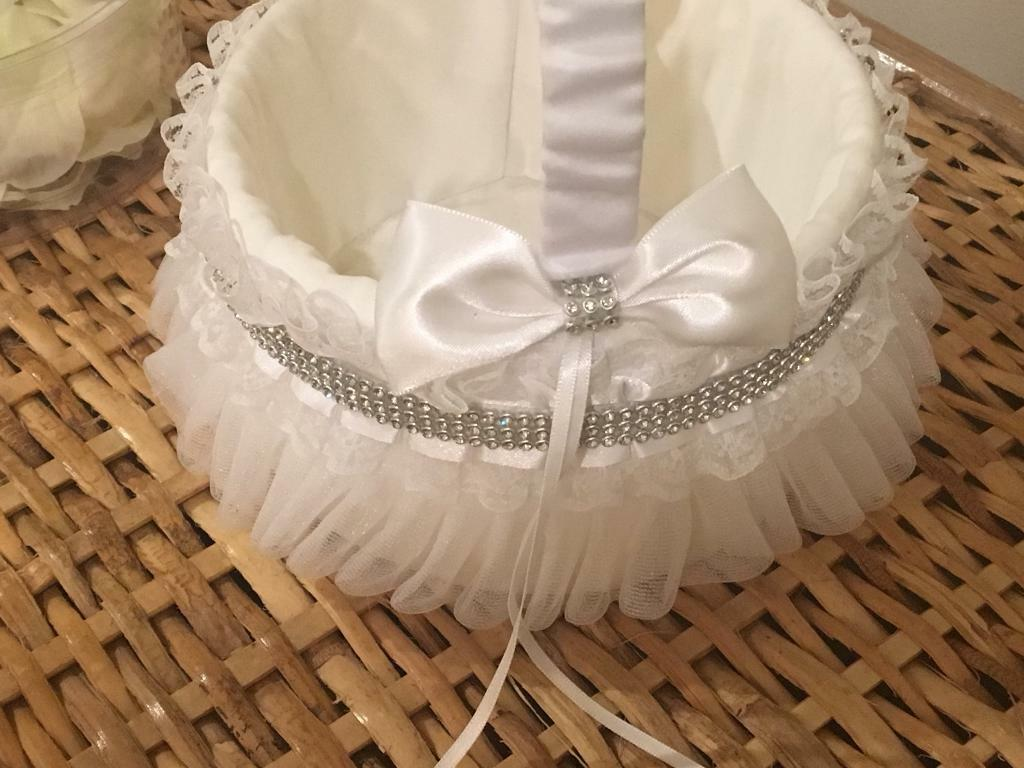 White flower girl basket-brand-new and never used with unopened Box of fabric rose petals