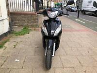 Honda vision 110cc black 16 plate stunning hpi clear!!!