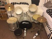 Tiger drum set used good condition