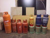 Mixture of 10 gas bottles