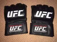 UFC Official MMA Adult Fight Gloves / NEW / Size Small