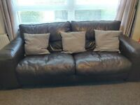 4&2 Seater Dark Brown Leather suite