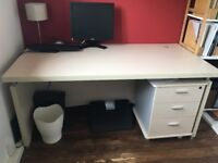 Sold Large office desk and set of 3 drawers